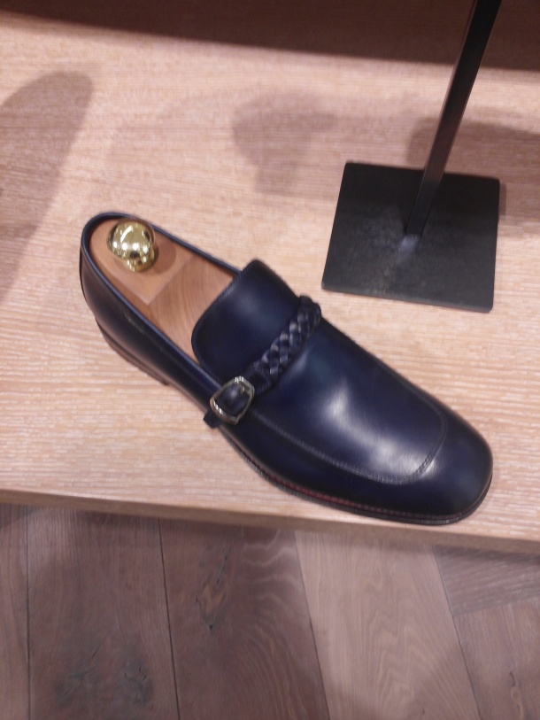 The new Gucci corporate loafer