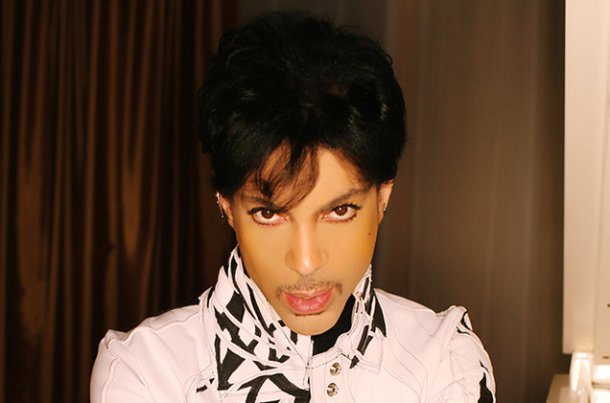 prince-press-photo-2015-billboard-650